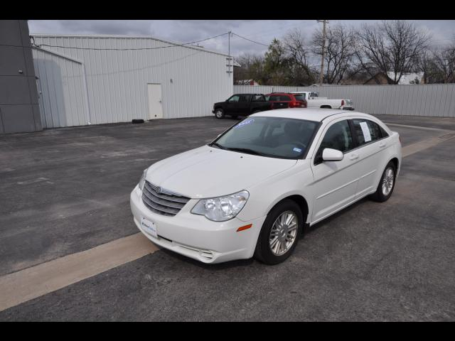 Pre-Owned 2008 Chrysler Sebring