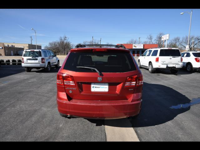 Pre-Owned 2009 Dodge Journey