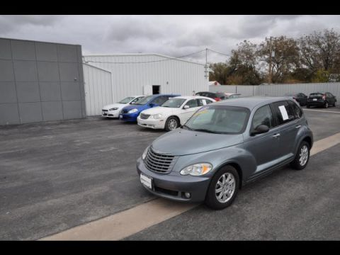 Pre-Owned 2009 Chrysler PT Cruiser